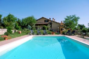 Spoleto - Villa with swimming-pool for sale