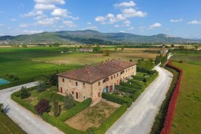 Casaitalia International - Luxury properties for sale in Tuscany
