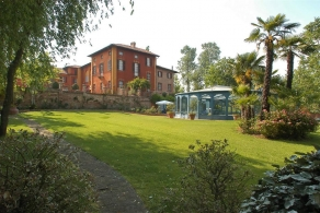 Luxury villa for sale in Piedmont