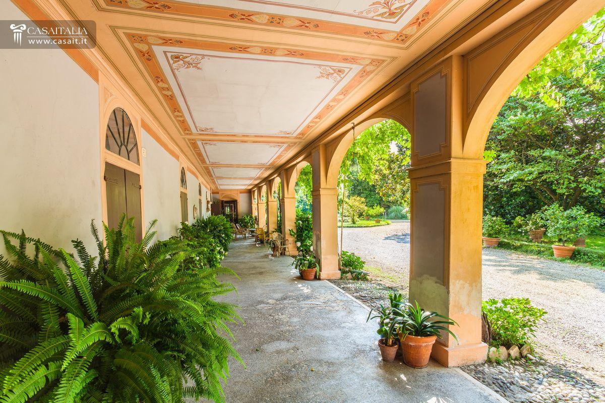 Venetian Style venetian style villa for sale near asolo