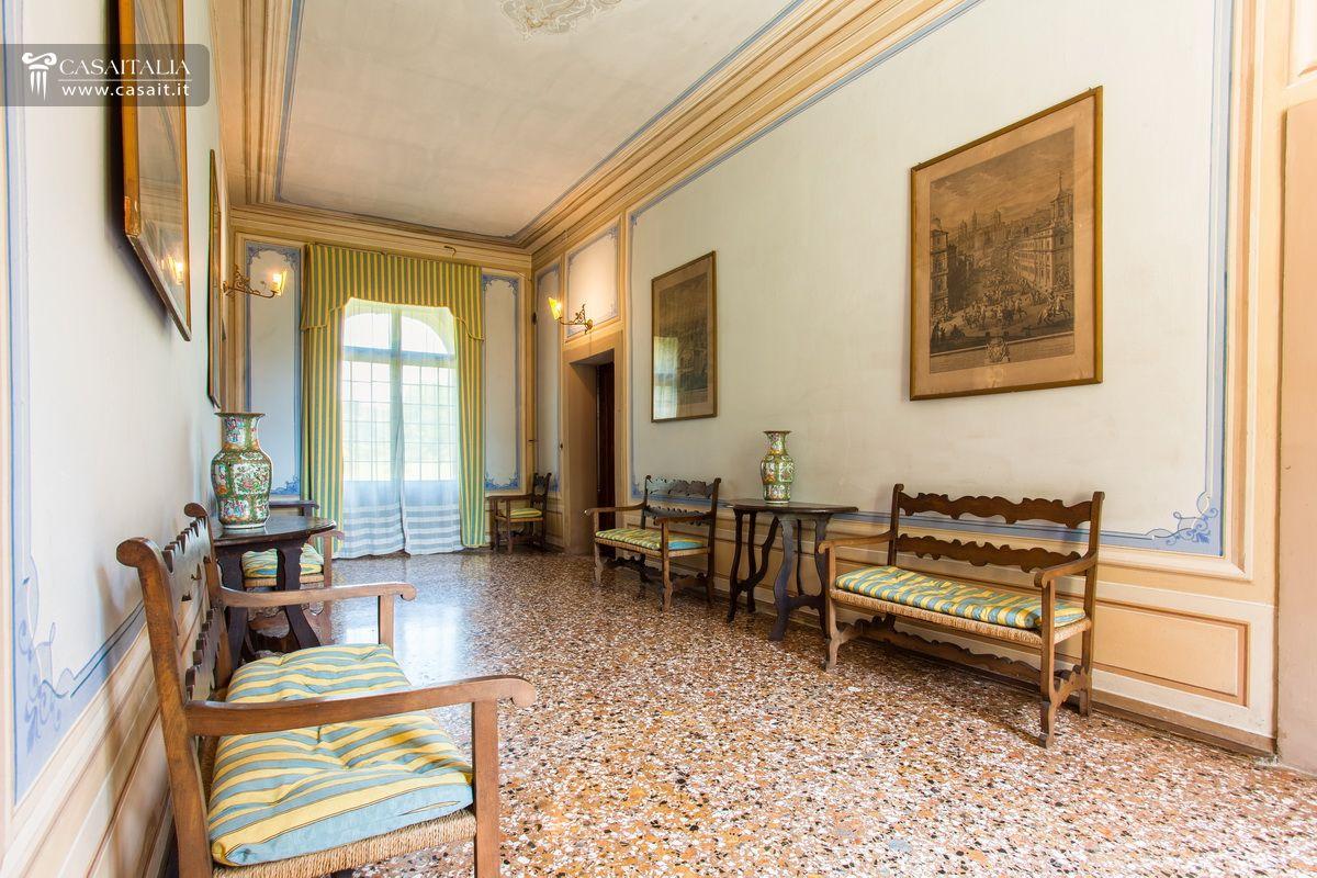 Venetian Style Homes venetian style villa for sale near asolo