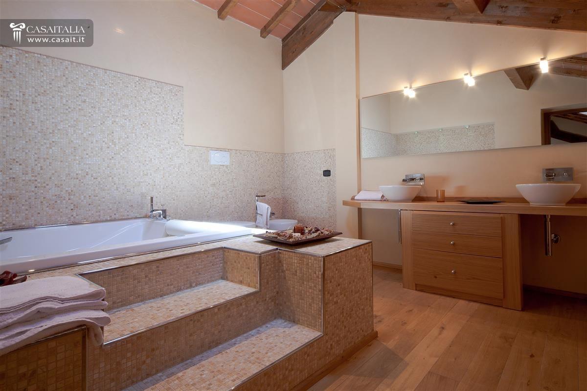 bagno design jacuzzi ~ Comarg.com = Lussuoso Design del Bagno con ...