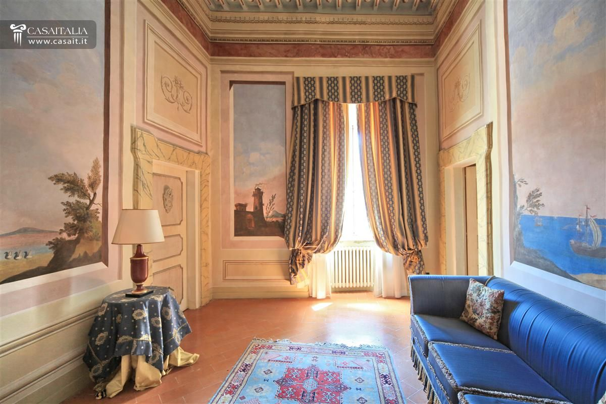 Small luxury hotel for sale in umbria for Hotel luxury for sale