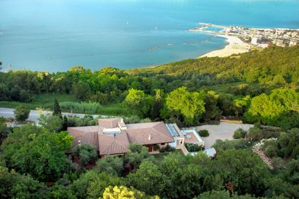 Se view luxury villa for sale in Pesaro - Italy