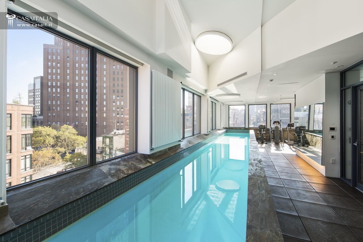 Luxury villa for sale in tribeca manhattan for Tribeca homes for sale