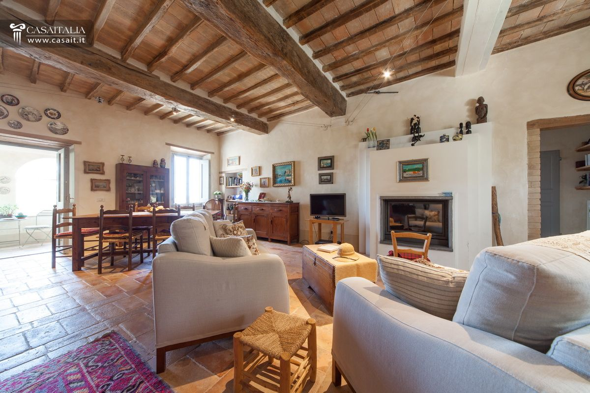 Villa with garden for sale in Trevi - Umbria
