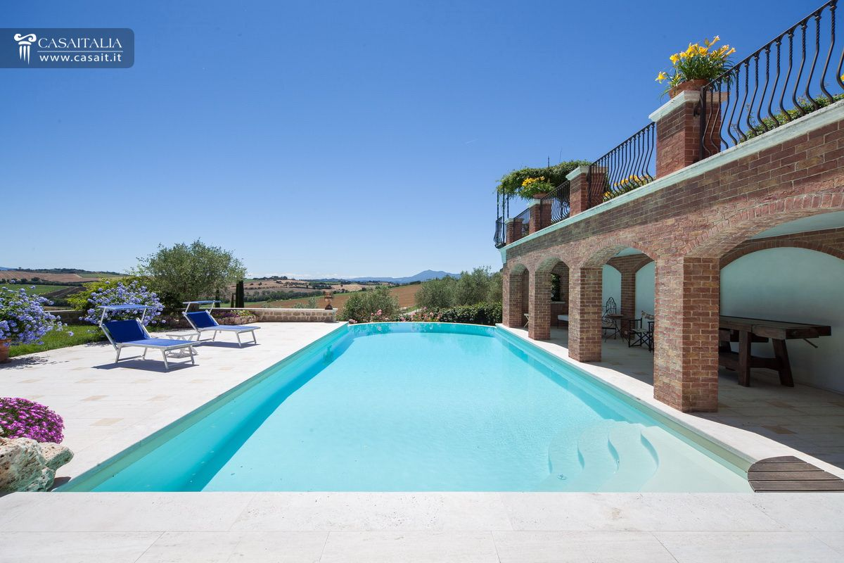 Villa for sale as bare ownership between umbria and tuscany - B b umbria con piscina ...