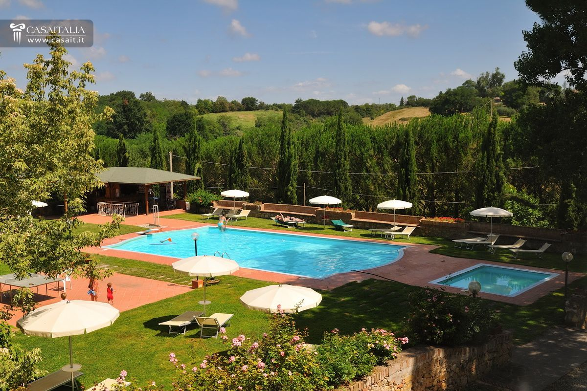 historic villa with 6 ha of land for sale in siena