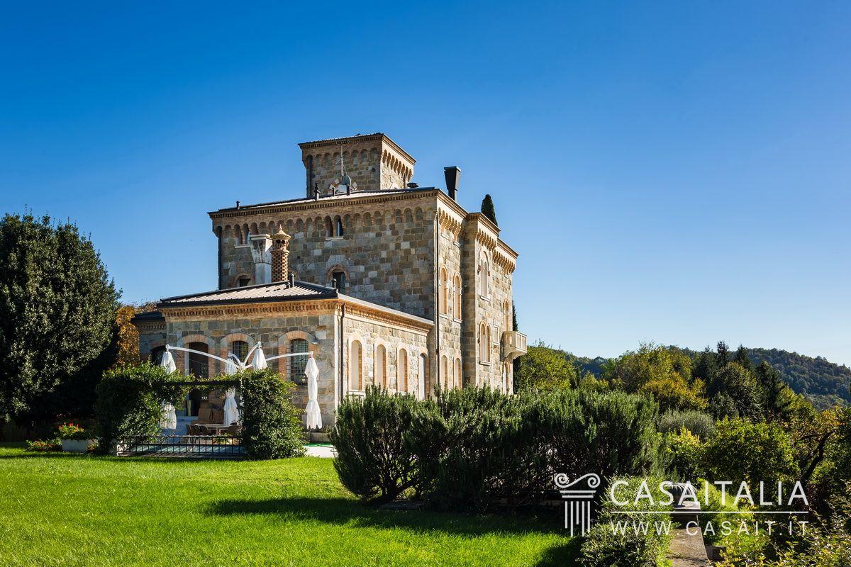 Villa with annex for sale in the hills of conegliano - Villa italia piscina ...
