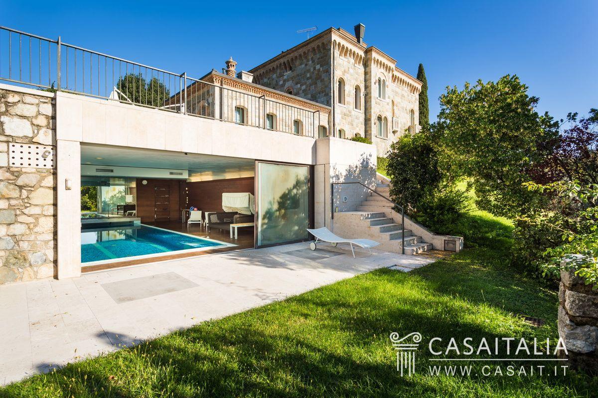Villa With Annex For Sale In The Hills Of Conegliano