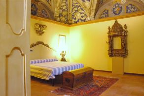 Palazzo with frescoes for sale in Marche, Mondavio