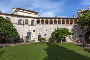 Villa with swimming pool for sale in Spoleto - Umbria