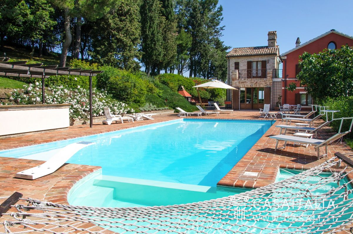 Farmhouse for sale in Le Marche, Senigallia