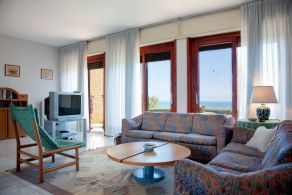 Villa sea view for sale in The Marches