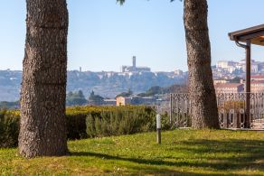 Villa with a panoramic view for sale in Perugia, Umbria