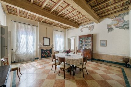 Apartment for sale in Mantova