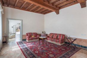 Apartment with terrace for sale in Mantova