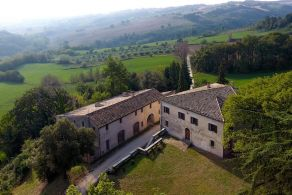 Historic villa for sale in the Marche