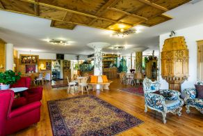 Luxury hotel for sale in the dolomites, between Bolzano and Trento