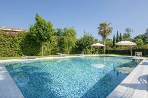 Villa with pool for sale in Versilia, Forte dei Marmi