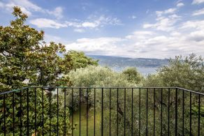 Apartment for sale on Lake Garda
