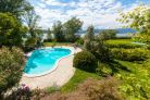 Villa overlloking the Lake Maggiore, for sale in Angera