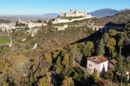 Villa for sale in Spoleto