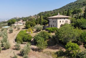 Luxury villa for sale in Assisi