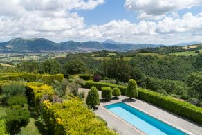 Villa in umbria with spectacular view