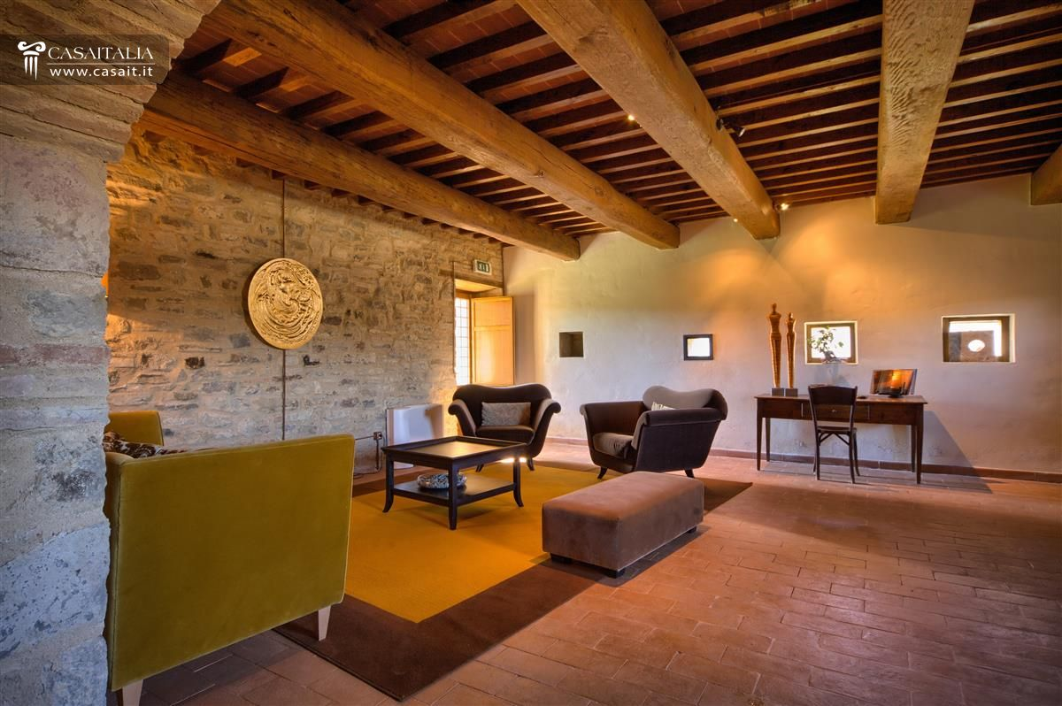 Historic hamlet for sale in Umbria | Italy